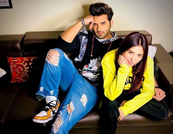 Paras Chhabra With girlfriend Mahira Sharma