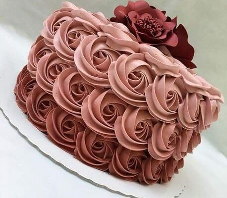 Beautiful Cakes with amazing Taste