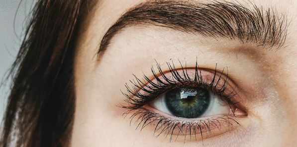 Eyelash-Growth Serum