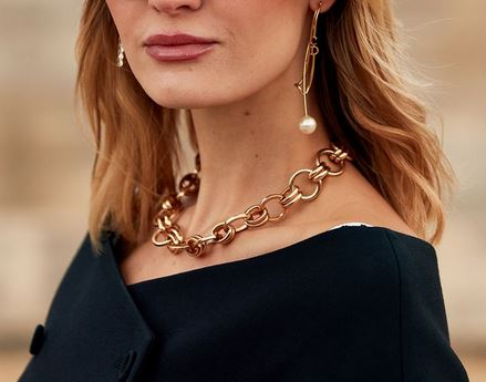 Different gold jewellery that you can pair with western outfits