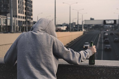 Residential alcohol treatment centers
