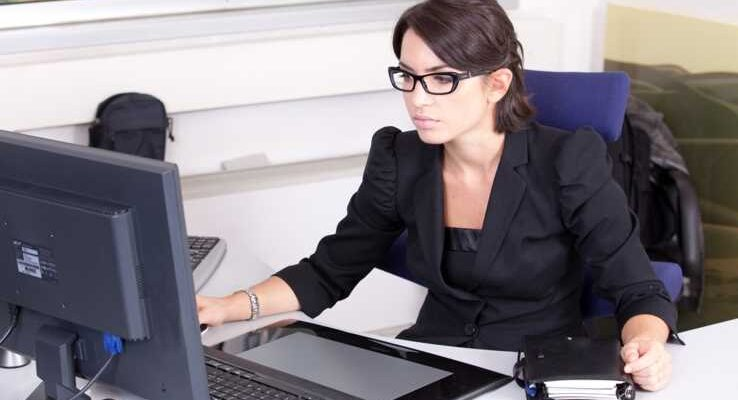 3 Tips on Hiring a Secretary for Your Business