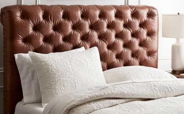 Everything that a chesterfield headboard brings to your bedroom